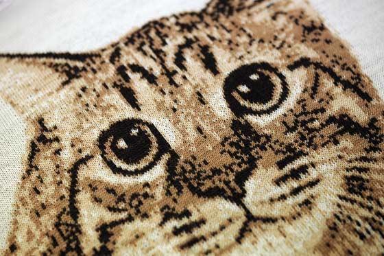 猫をデザインした編物